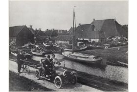 Werf Wybrands in Hindeloopen, later overgenomen door I. Blom en Zn. (collectie FSM)