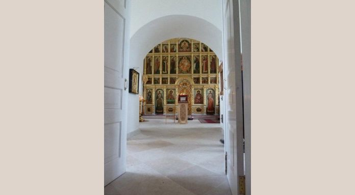 View at the interior Golgotha church