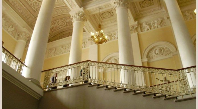The central staircase if the Russian Museum, palace of one of the last Grand-Dukes